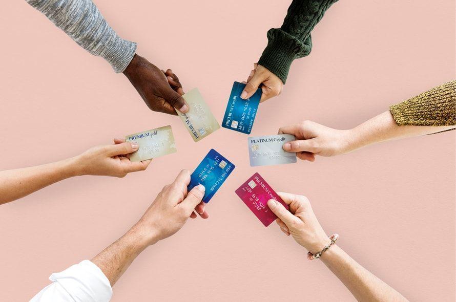VisaとMastercardの違いは?ブランドの組み合わせ方も紹介