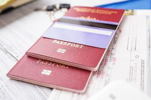 パスポートとカード