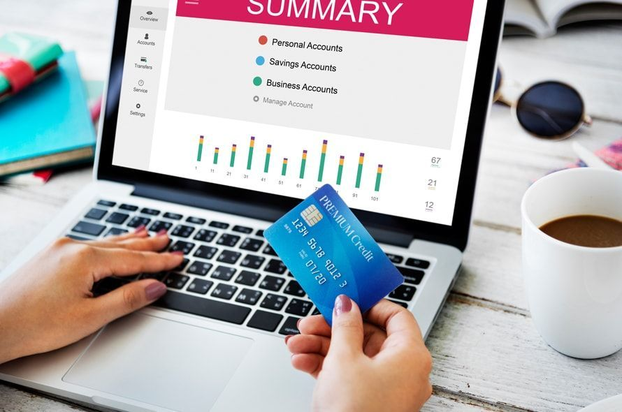 JCB CARD EXTAGEは20代以下限定!年会費無料で高還元率
