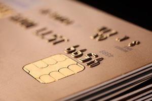 重なったゴールドカード