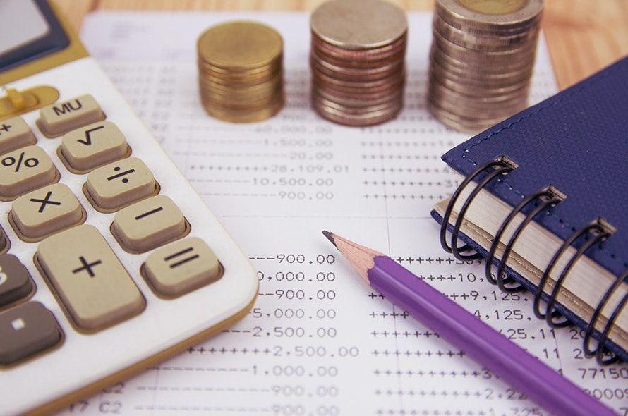 クレジットカードの審査をパスできる年収はいくら?正しい書き方も解説