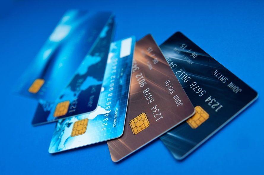 5枚のクレジットカード