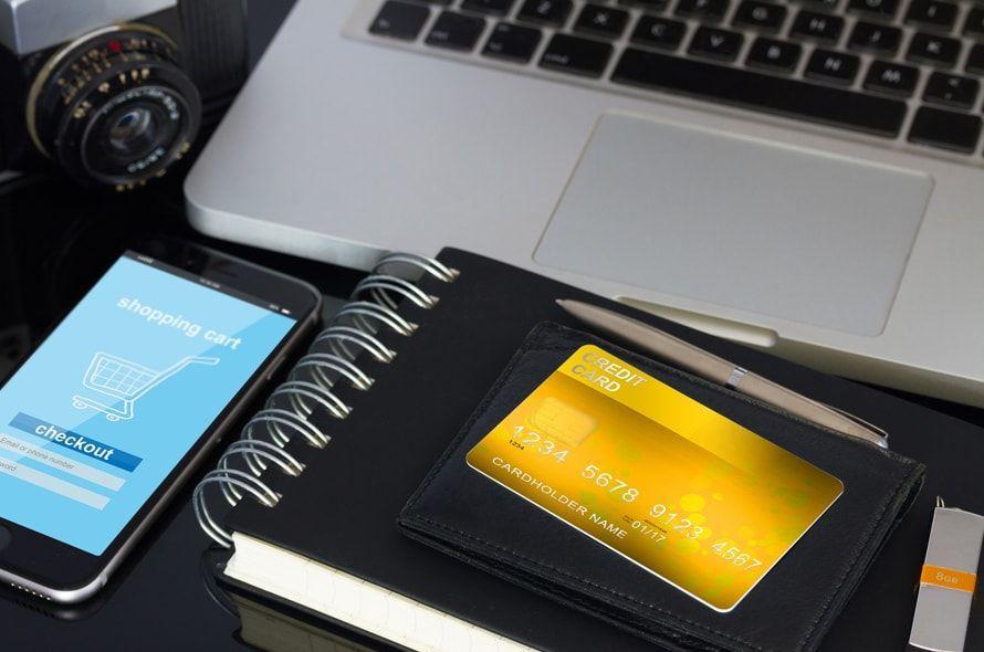 ゴールドカード取得の条件とは?年収・年齢・審査基準など一挙紹介