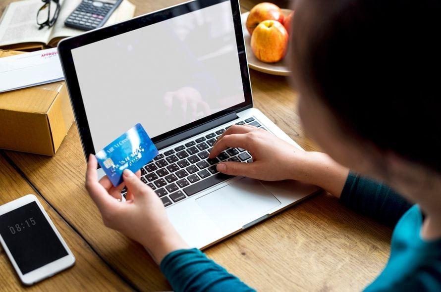 イオンカードの問い合わせ先をお知らせ!電話や自動チャットで疑問を解決!