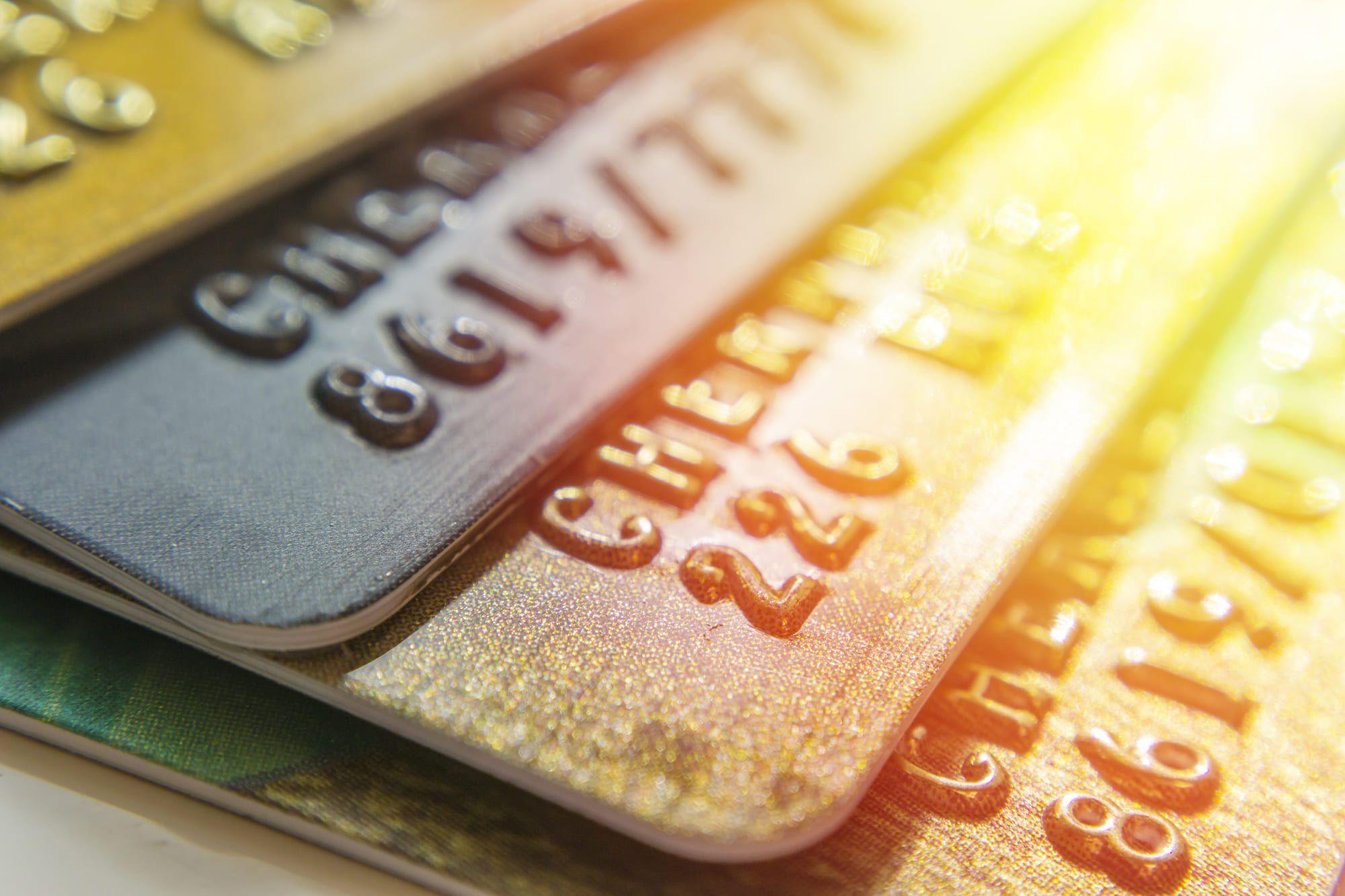 ゴールドカード人気ランキング2019年を発表!ポイント還元率やステータス性もチェック