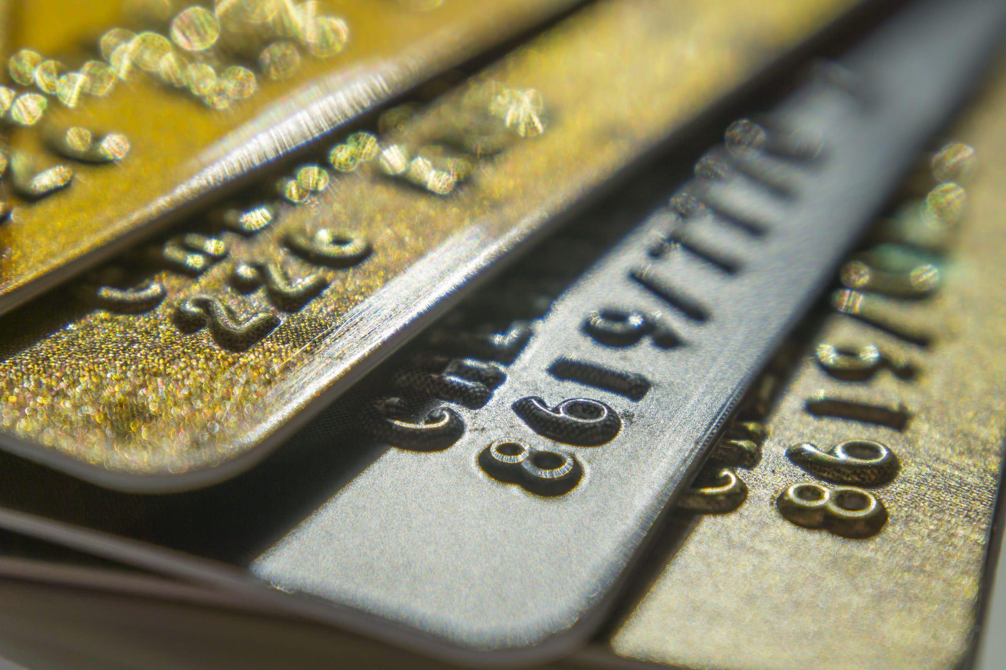 ステータス性の高い法人カードの特徴とは?オススメのカードをご紹介