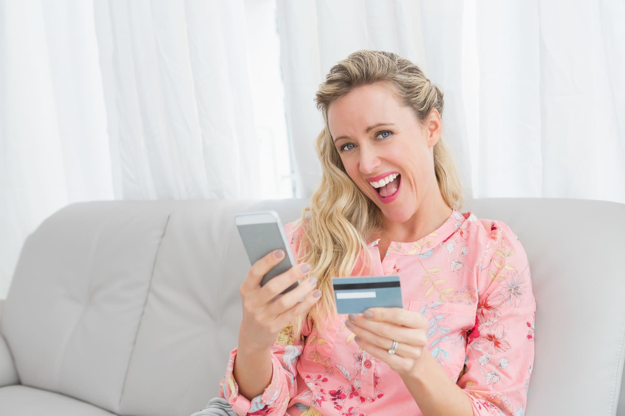チャージ可能?法人カードとSuicaの効率的な併用方法とおすすめカード4枚