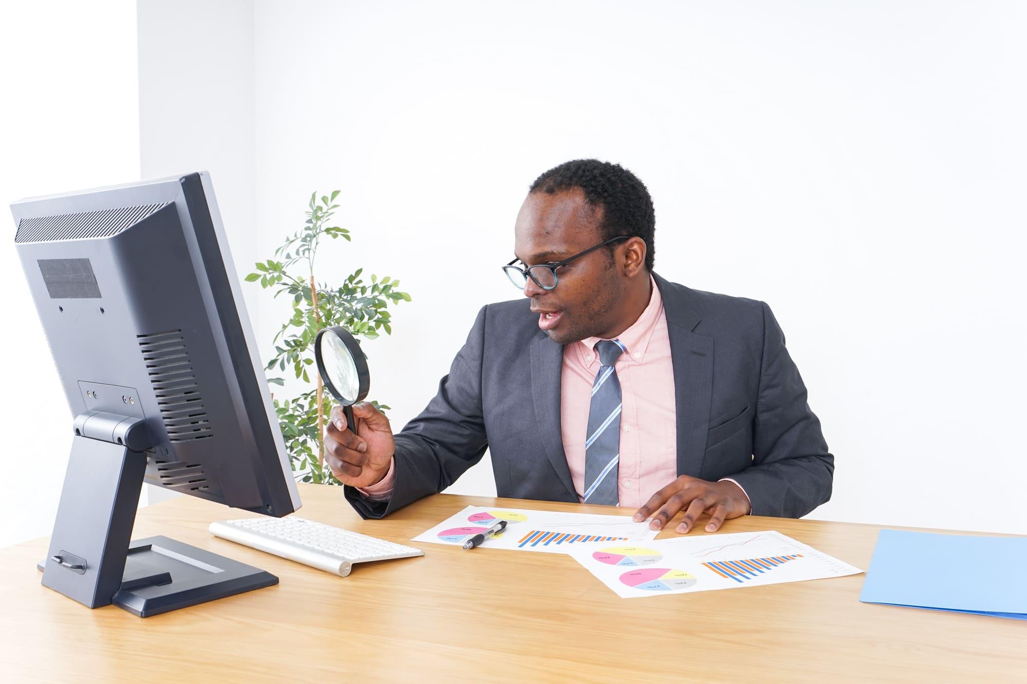 個人事業主になるには?開業届から確定申告までの流れとメリットを解説