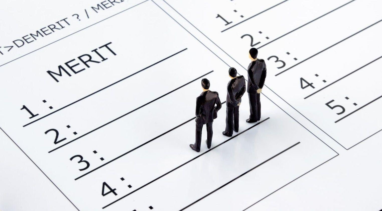 副業している会社員が個人事業主になるメリット・デメリットを徹底解説