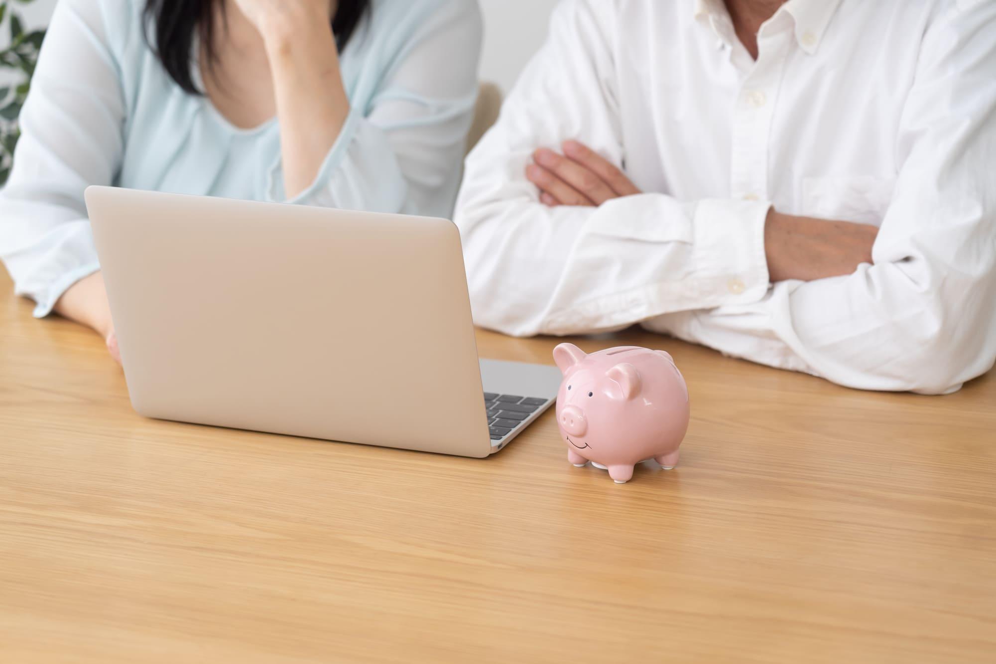 夫婦でお金の管理を考えよう!財布の分け方・生活費分担などを考えた家計管理方法