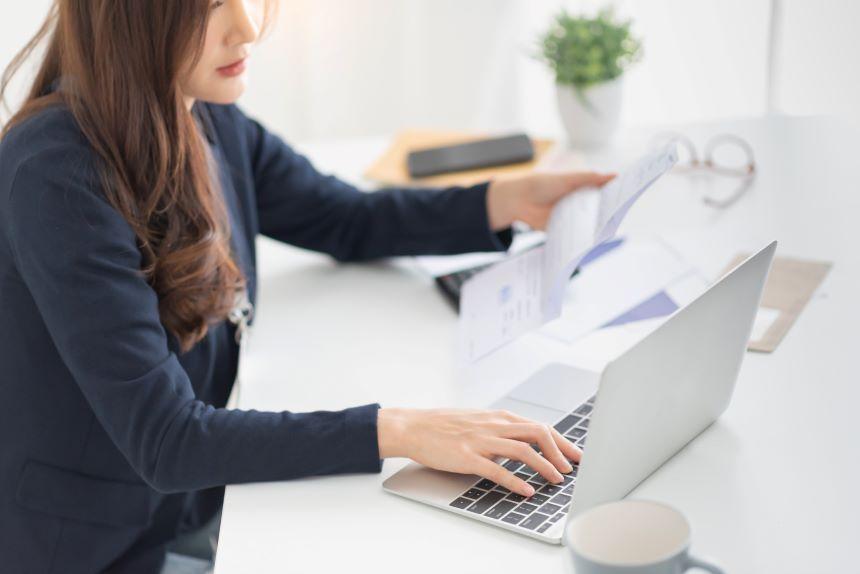 財務分析とは?目的と手法を徹底解説&日々の会計処理に便利な法人カード3選