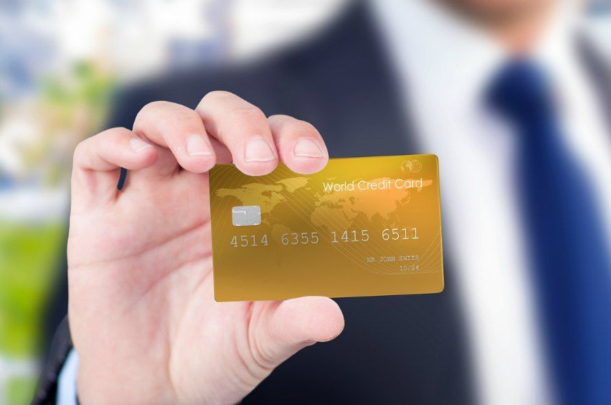JCB GOLD EXTAGEは20代限定ゴールドカード!ラウンジ利用可能でポイント高還元