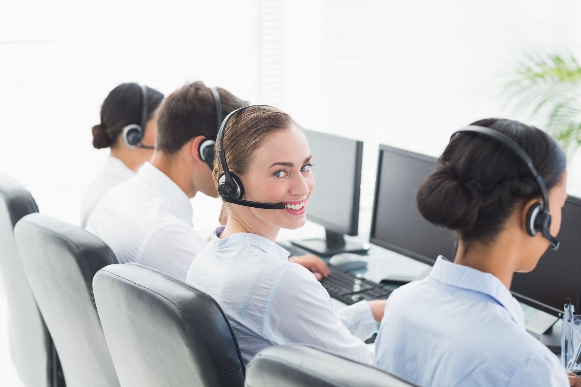 楽天カード問い合わせ電話番号、電話代、コールセンター混雑状況、よくある問い合わせ