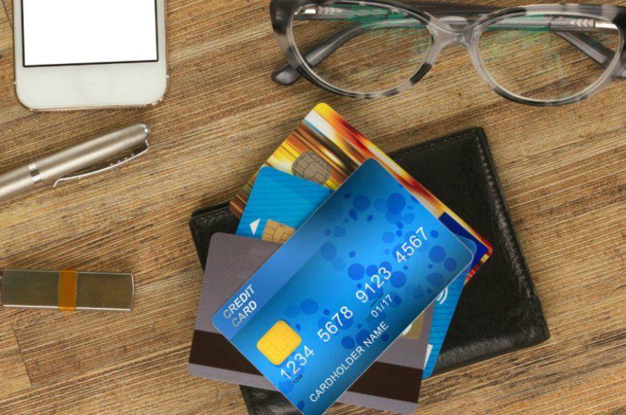 UCカードのメリット&デメリットを簡単解説!クレジットカードの選び方