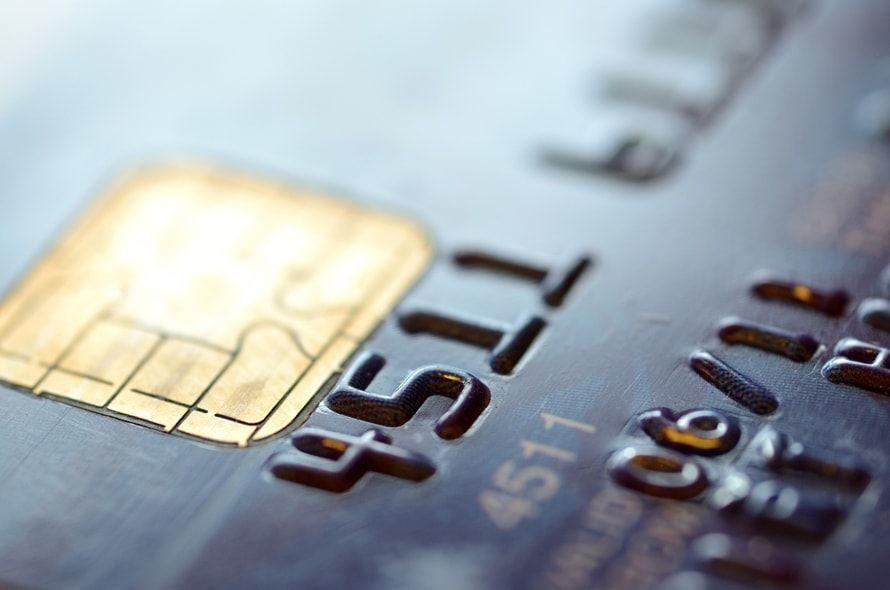 クレジットカードの審査が通りやすいカードとは?審査に通る正しい申込方法