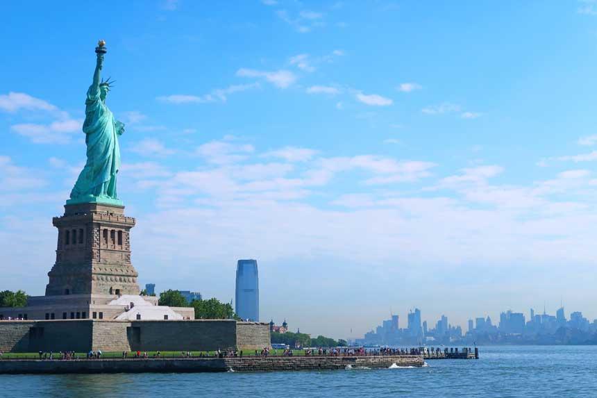 ニューヨーク時間のFXトレードとは?|市場が動く時間帯の取引