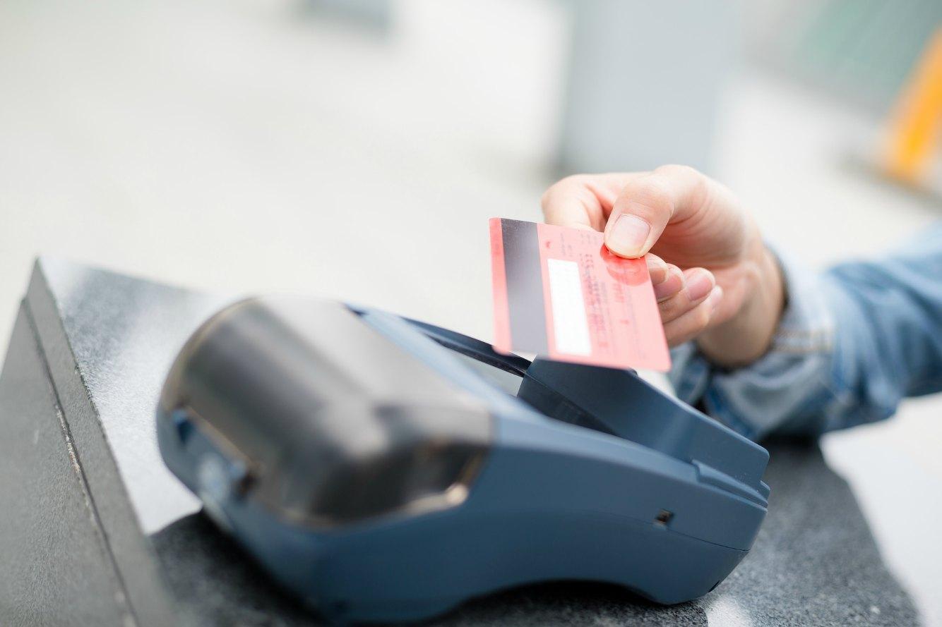 クレジットカードのチャージのすべてがわかる!お得&簡単に使う全知識