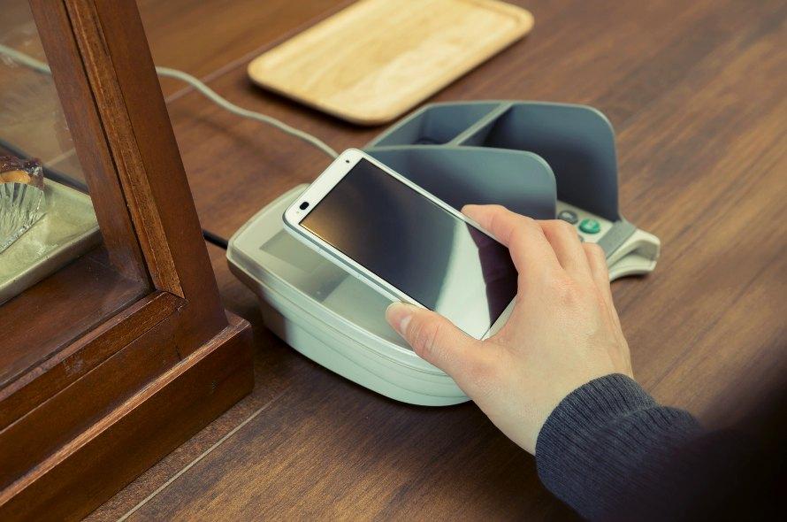 クレジットカードからApple Payやおサイフケータイまで、iDの利用方法や注意点を解説